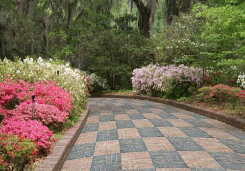 Bốn kiểu lát gạch lát sân vườn đẹp nhất