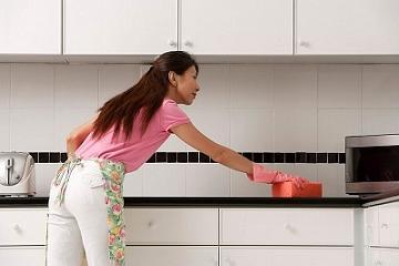 Mẹo hay giúp làm sạch 5 loại vết bẩn thường gặp trên gạch ốp tường