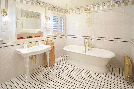 Bí quyết chọn gạch ốp lát đồng tâm cho phòng tắm