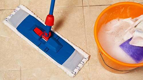 lau dọn nền nhà vệ sinh
