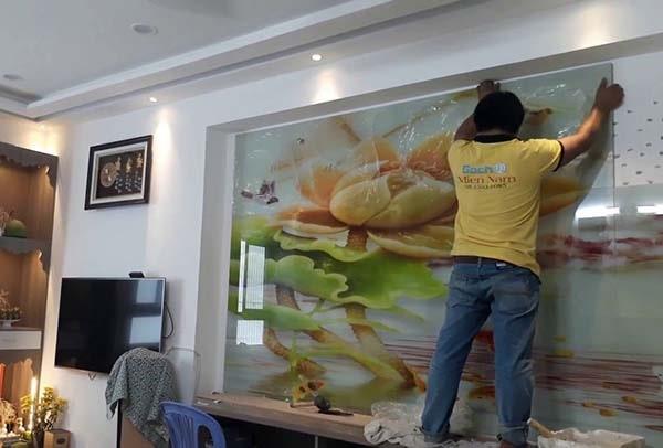 Dễ dàng thi công gạch tường tranh